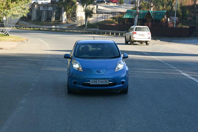 Первый электрический автомобиль в Абхазии Вячеслава Библая